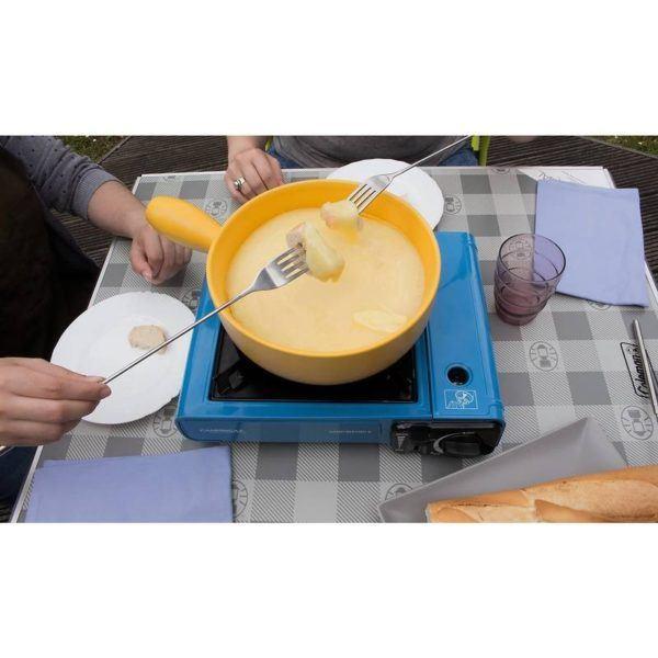 Плита портативная газовая Campingaz Camp Bistro 2 на столе